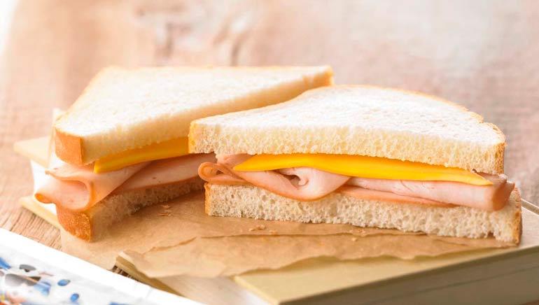Pan blanco como alimento procesado